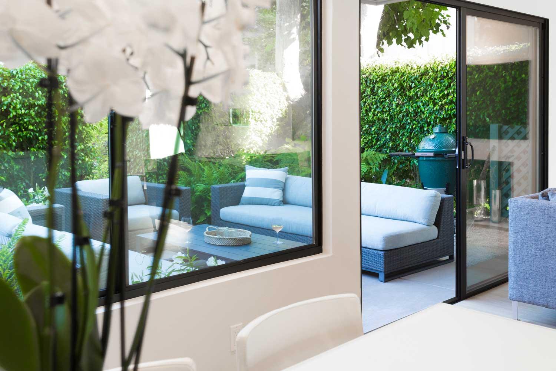 Gordobe_Homes_Del_Mar_living-view-outdoor